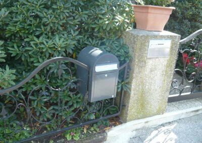 Briefkasten aus Metall