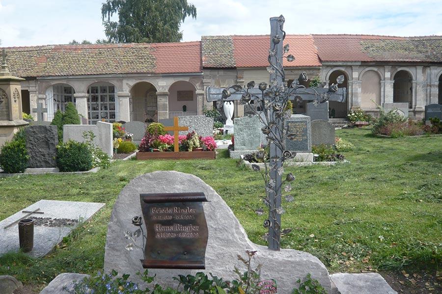 Grabkreuz von Ringler Metallbau