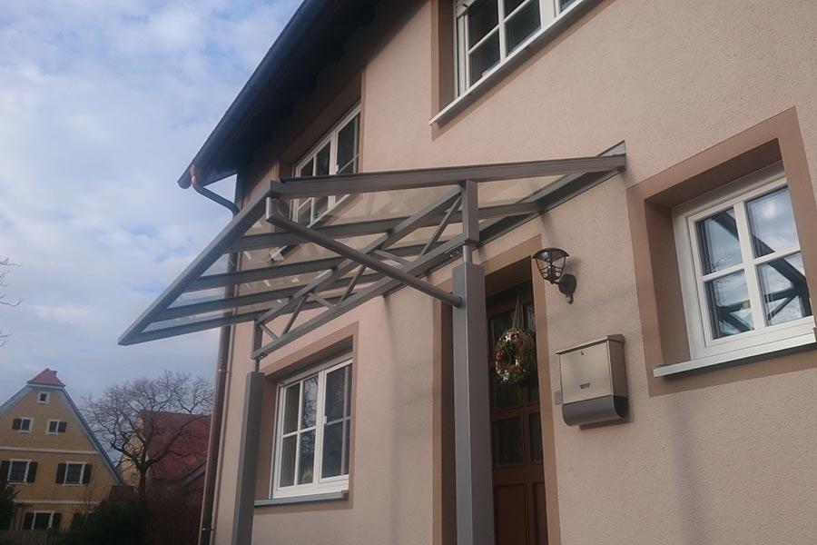 Vordach von Ringler Metallbau